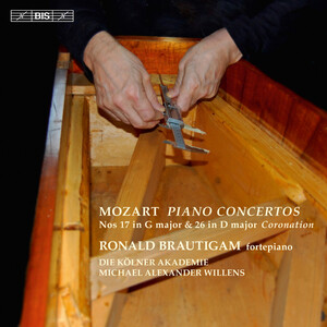 Mozart: Piano Concertos Nos.17 in G and 26 in D ('Coronation')