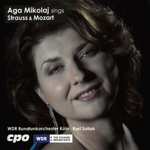 Aga Mikolaj sings Strauss and Mozart